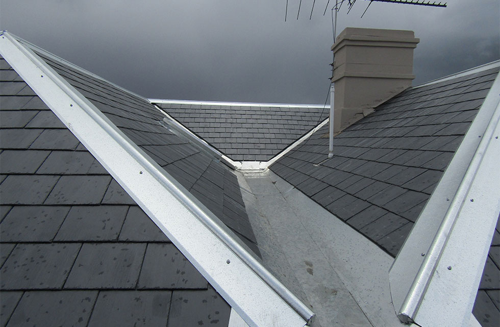 slate-roofing-restoration-specialist